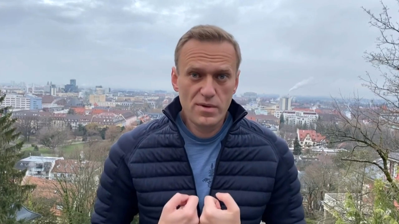 Navalny app removed as Russians vote after crackdown