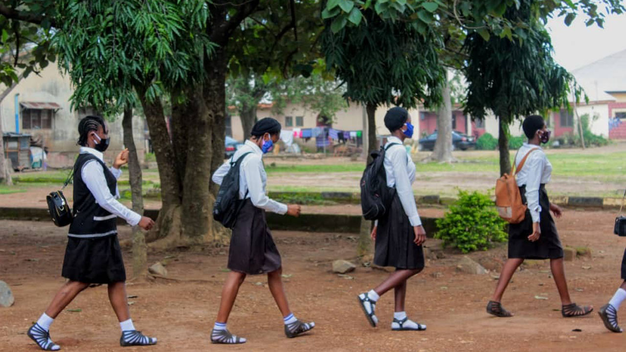 Group advocates phased resumption of schools