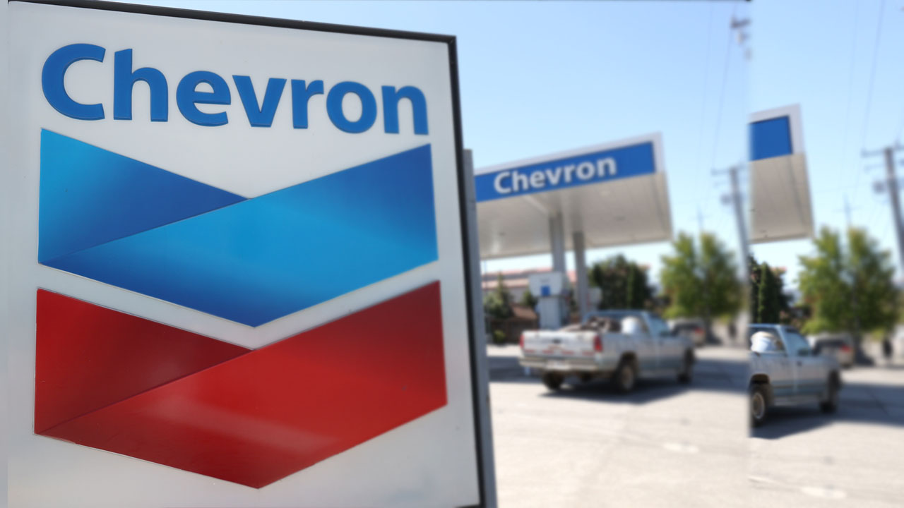ExxonMobil, Chevron CEOs discussed potential merger in 2020 ― Report