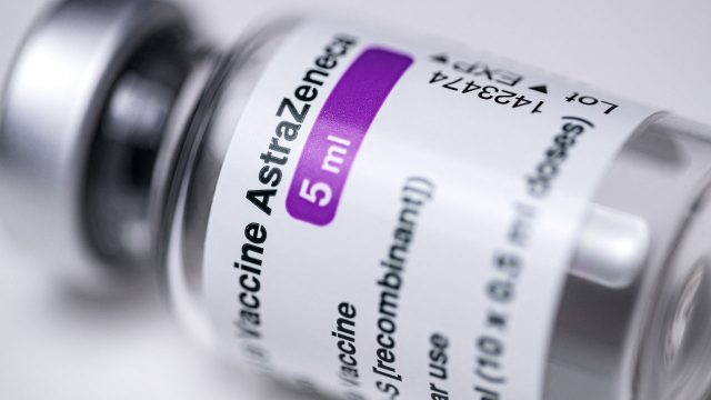 EU contract with AstraZeneca on COVID-19 jabs ends June