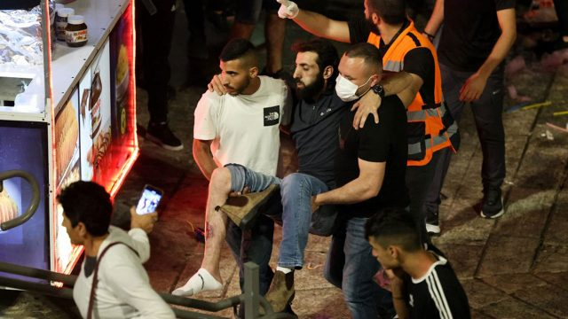 Hundreds wounded in weekend of east Jerusalem violence