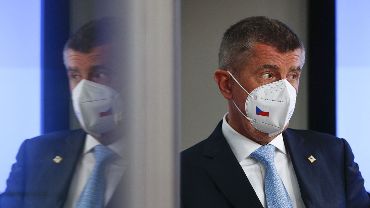 Czech populist mogul PM tipped for re-election