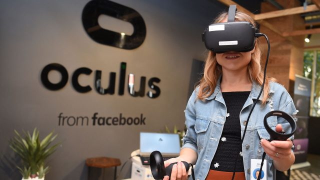 Facebook unveils virtual reality 'workrooms'