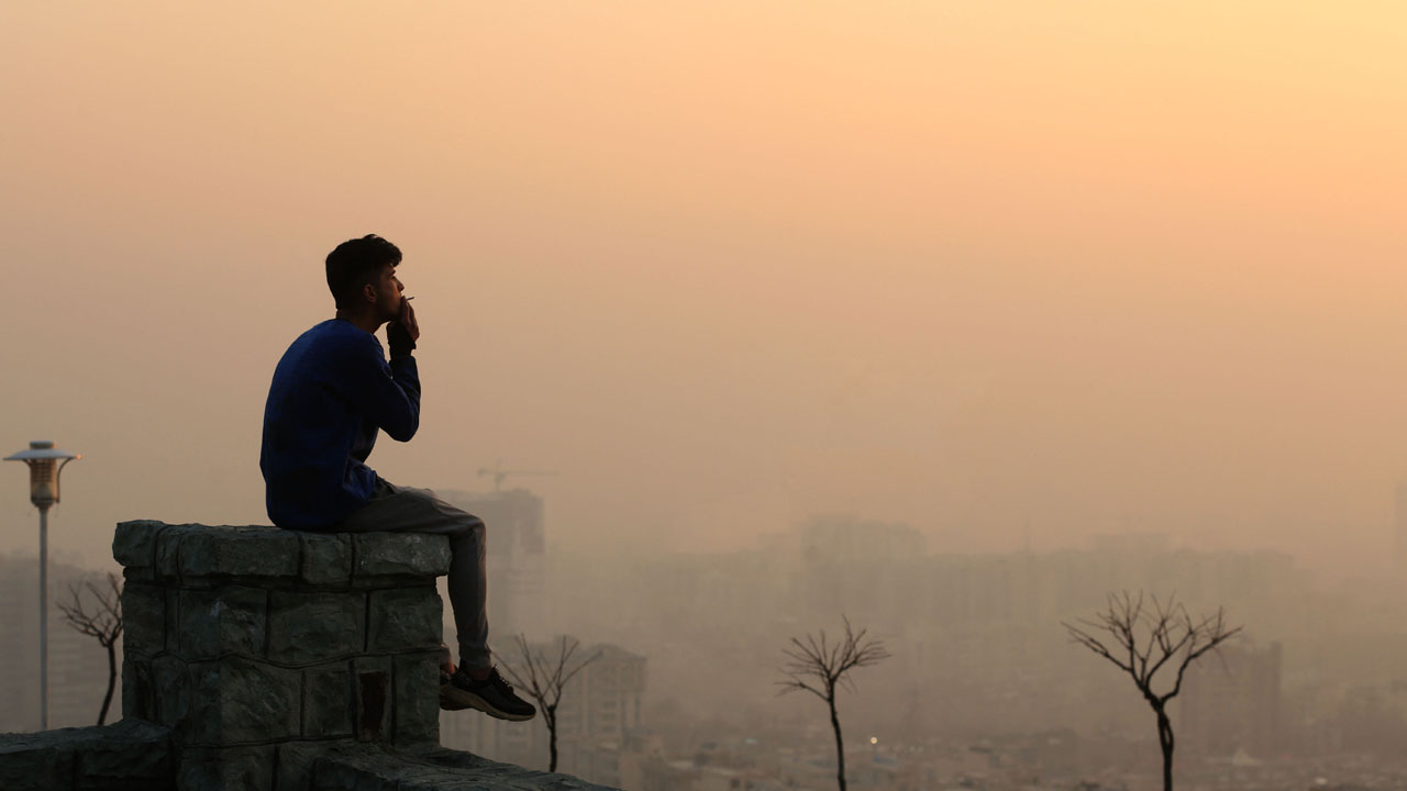 WHO says air pollution kills 7 mn a year, toughens guidelines