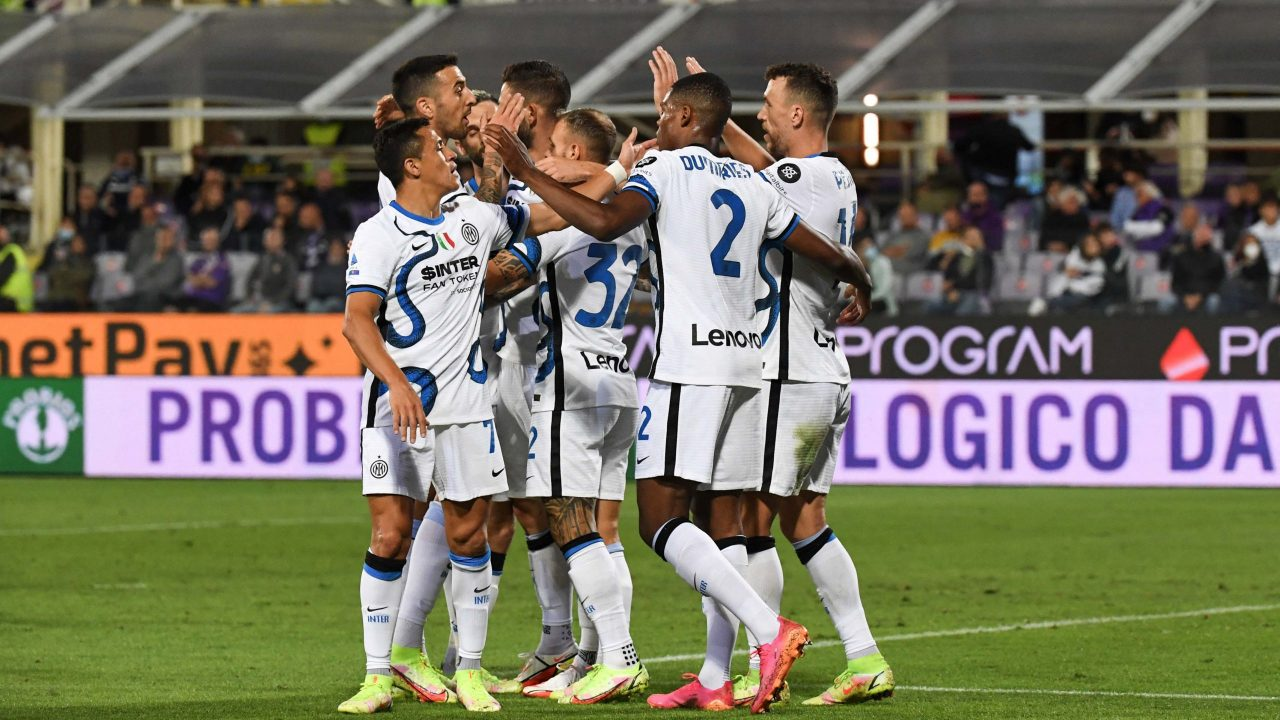 Inter fight back at Fiorentina to reclaim top spot