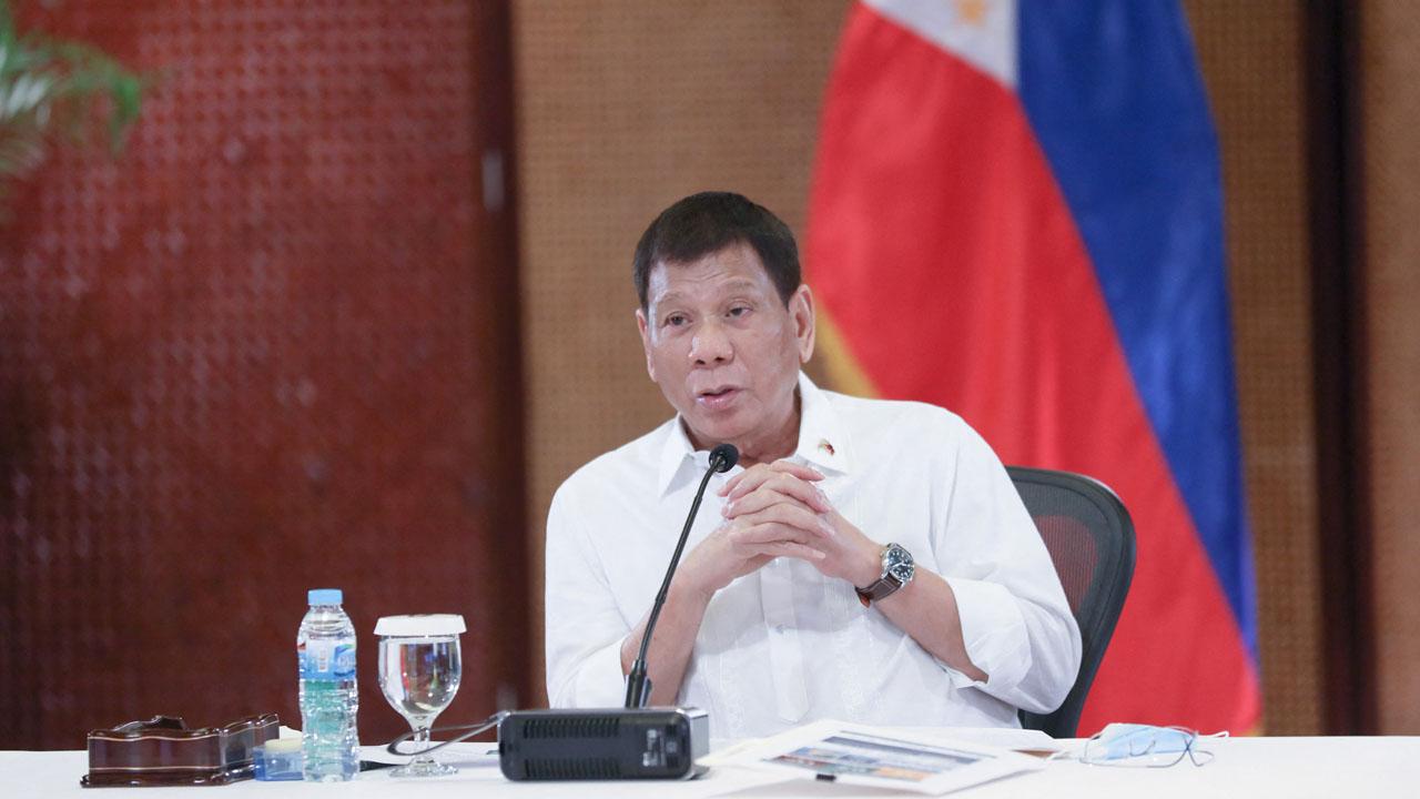 'Kill them': Philippines' Duterte wages war on drugs