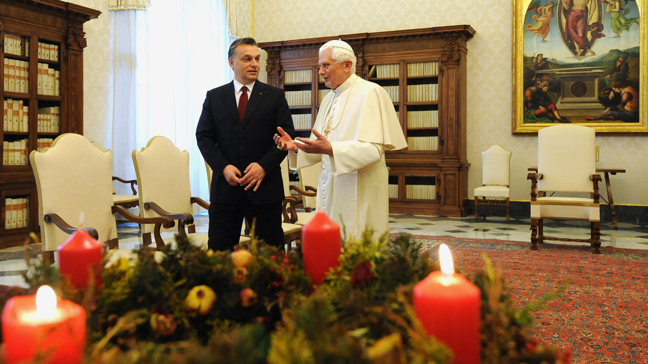 Orban's 'defence' of Christianity under scrutiny as pope visits