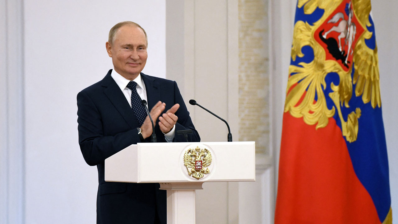 Putin self-isolates after Covid cases in inner circle