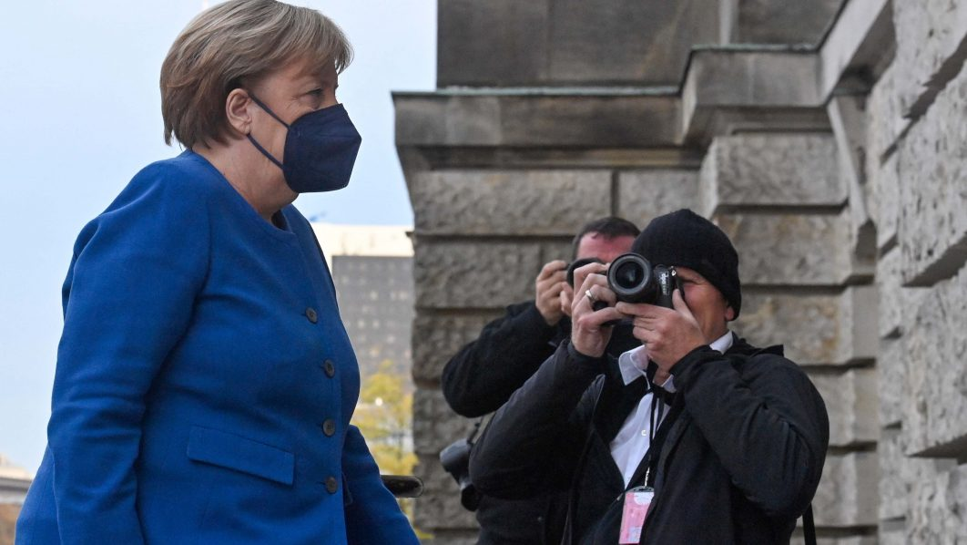 Post-Merkel parliament debuts, smashing diversity ceiling