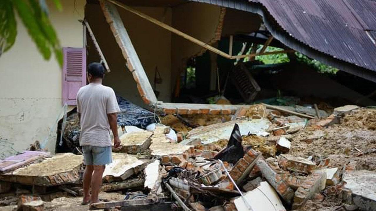 Seven killed in Indonesia landslide