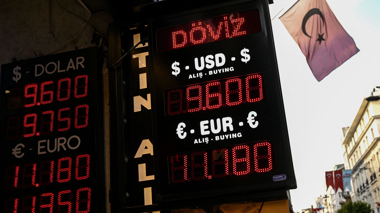 Turkey lira slumps to record low after Erdogan orders expulsions