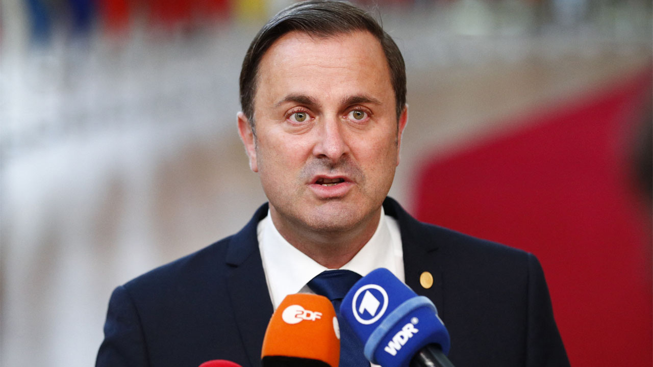 Luxembourg PM admits faults in thesis plagiarism row