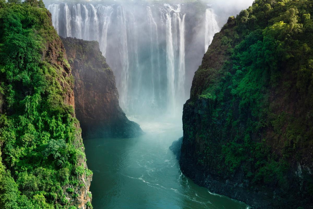 victoria-falls-zimbabwe-zambia