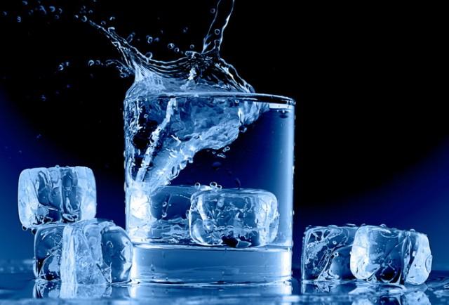 یخي اوبه د زړه د حملېاحتمال زیاتوي!