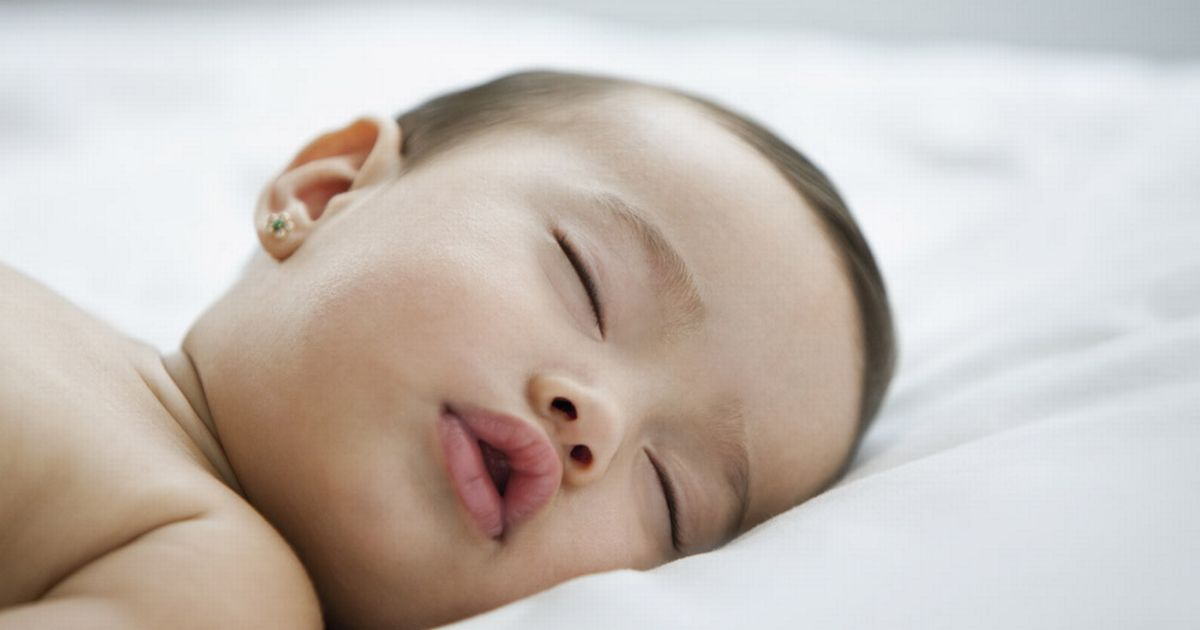 How Long Should A Baby Sleep In Parents Room