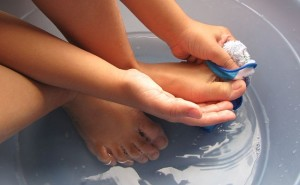 Tips To Cure Feet Odour For Good!