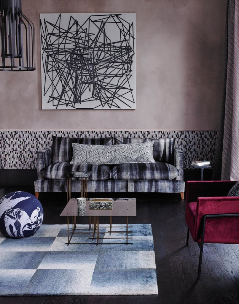 Update your living room with wallpaper guardian life for Updated wallpaper designs